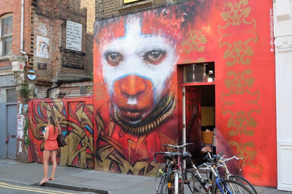 Street art Hanbury street london
