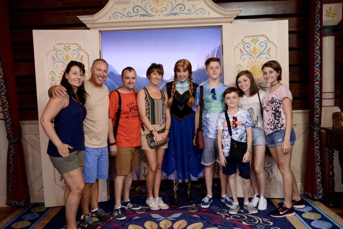 selfie Anna and elsa Disney