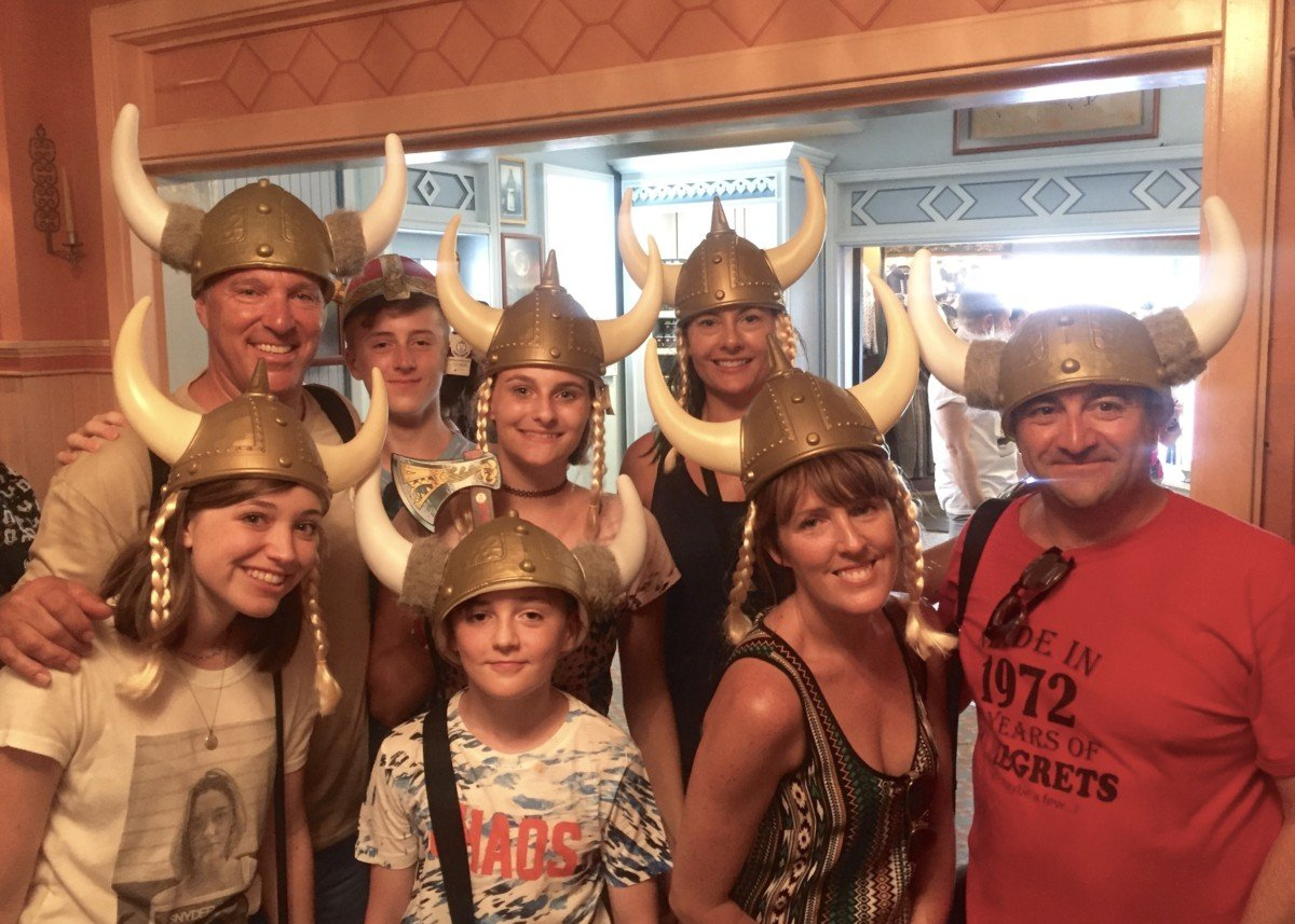 Epcot hats around the World, Norway tips