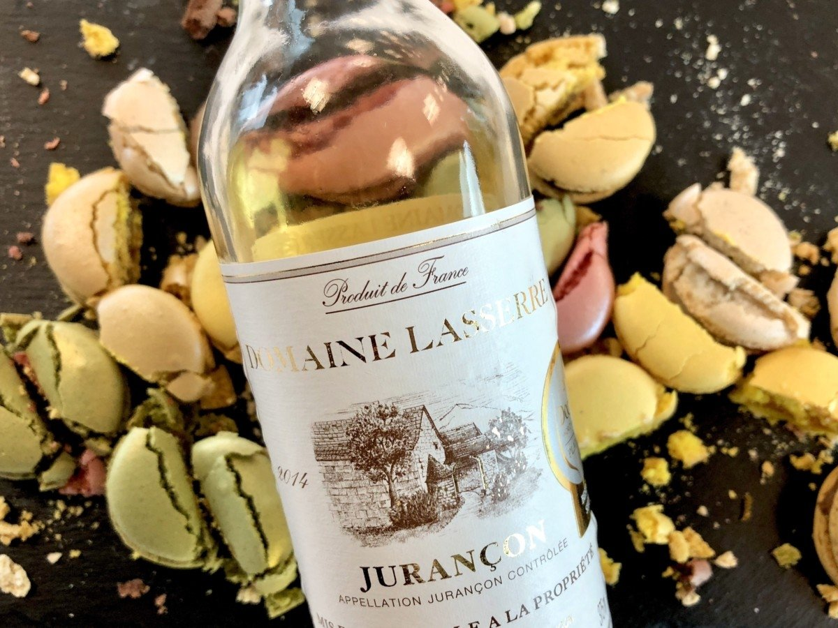 Perfect Wines to pair with Christmas dinner Jurancon dessert wine and macaroons