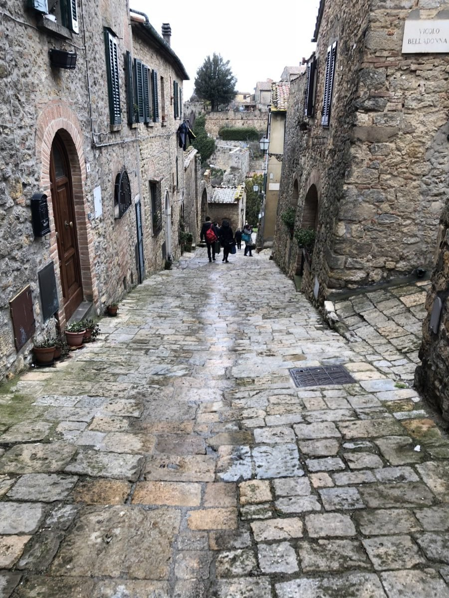 Country Relais & Spa Le Capanne Volterra town old cobbled streets