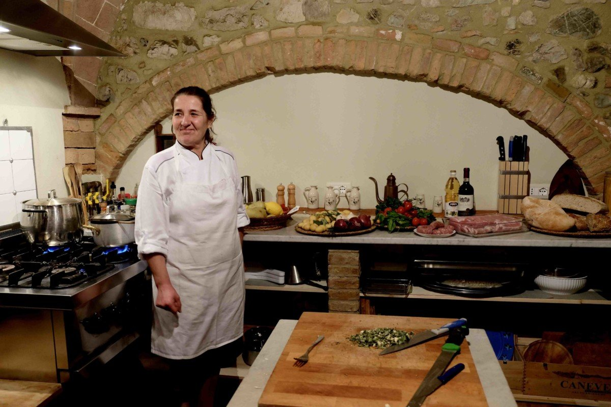 Country Relais & Spa Le Capanne Volterra Tuscan kitchen