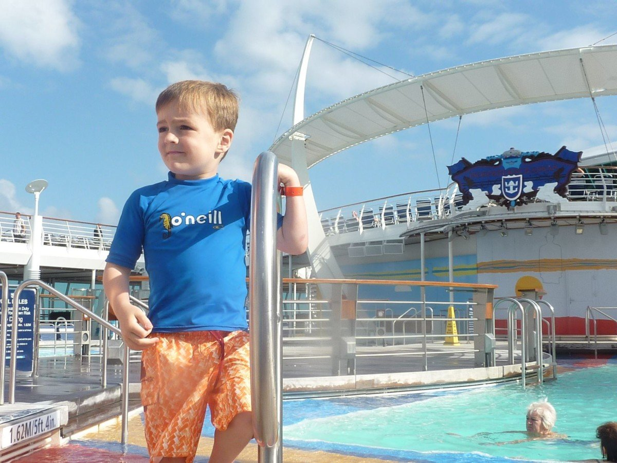 10 things I love about cruising with Royal Caribbean pool area Adventure of the Seas