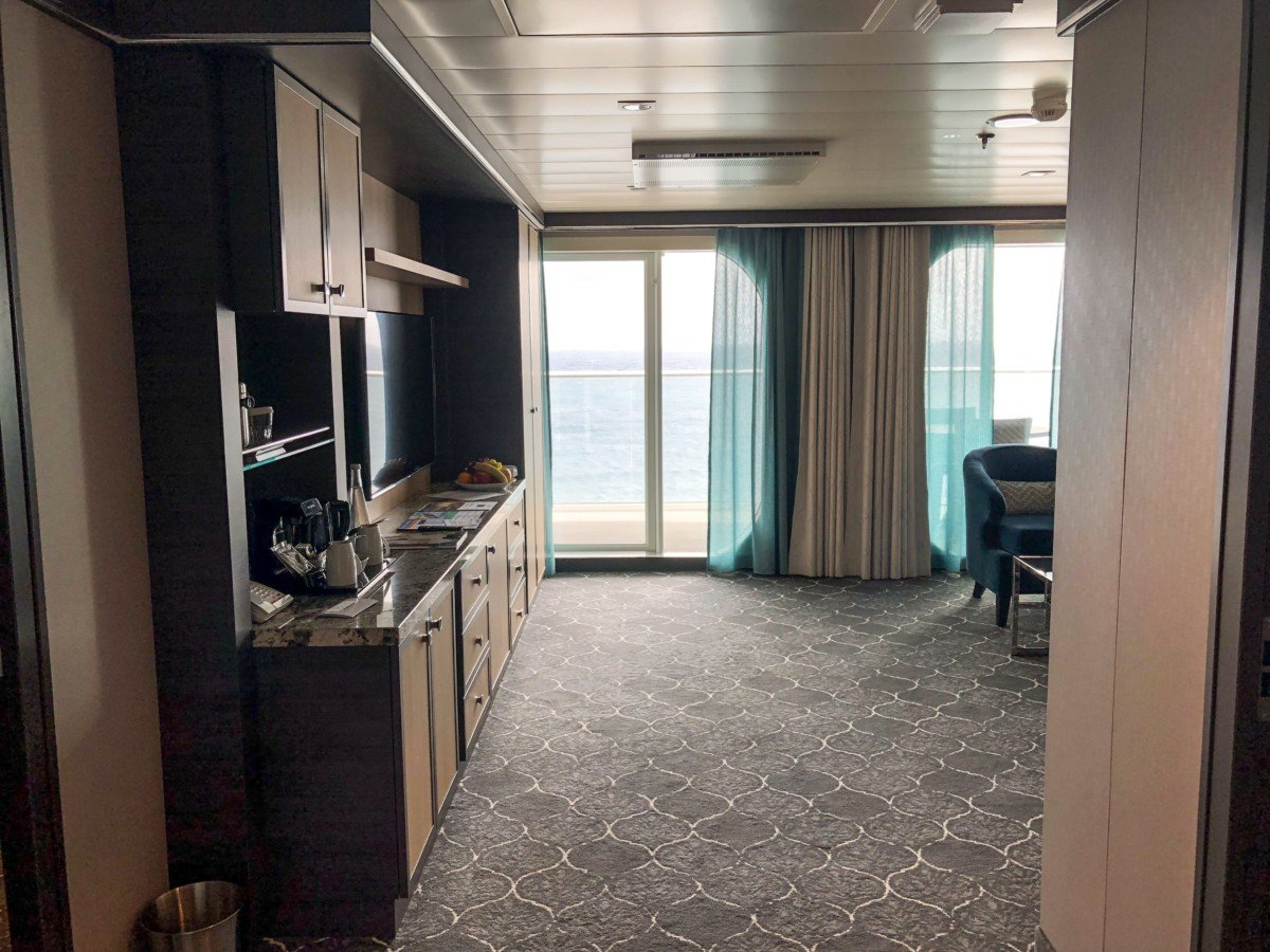 Symphony of the Seas Grand Suite living space Gt