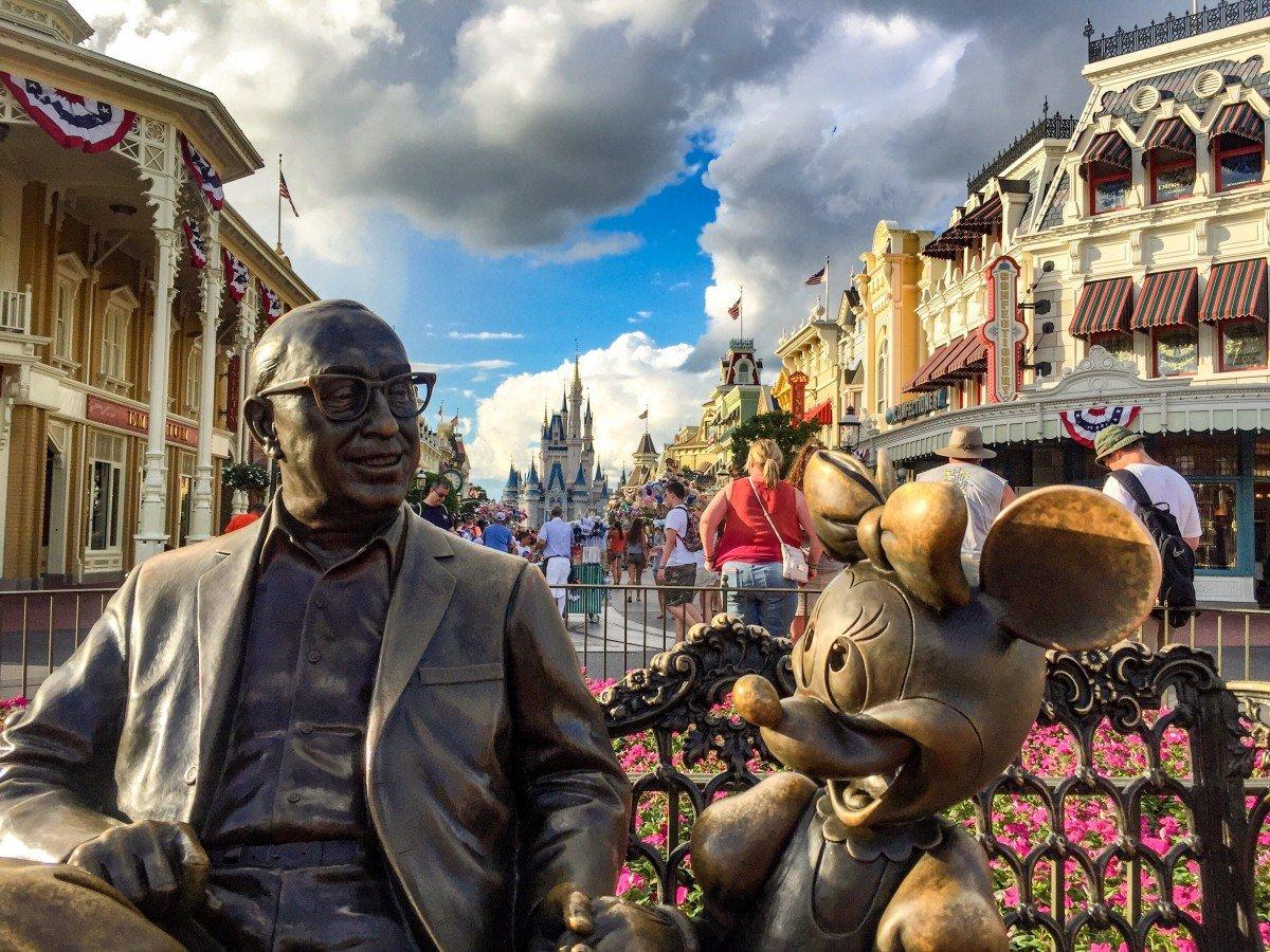 Walt disney and Minnie Mouse bronze statue at Walt Disney World Florida