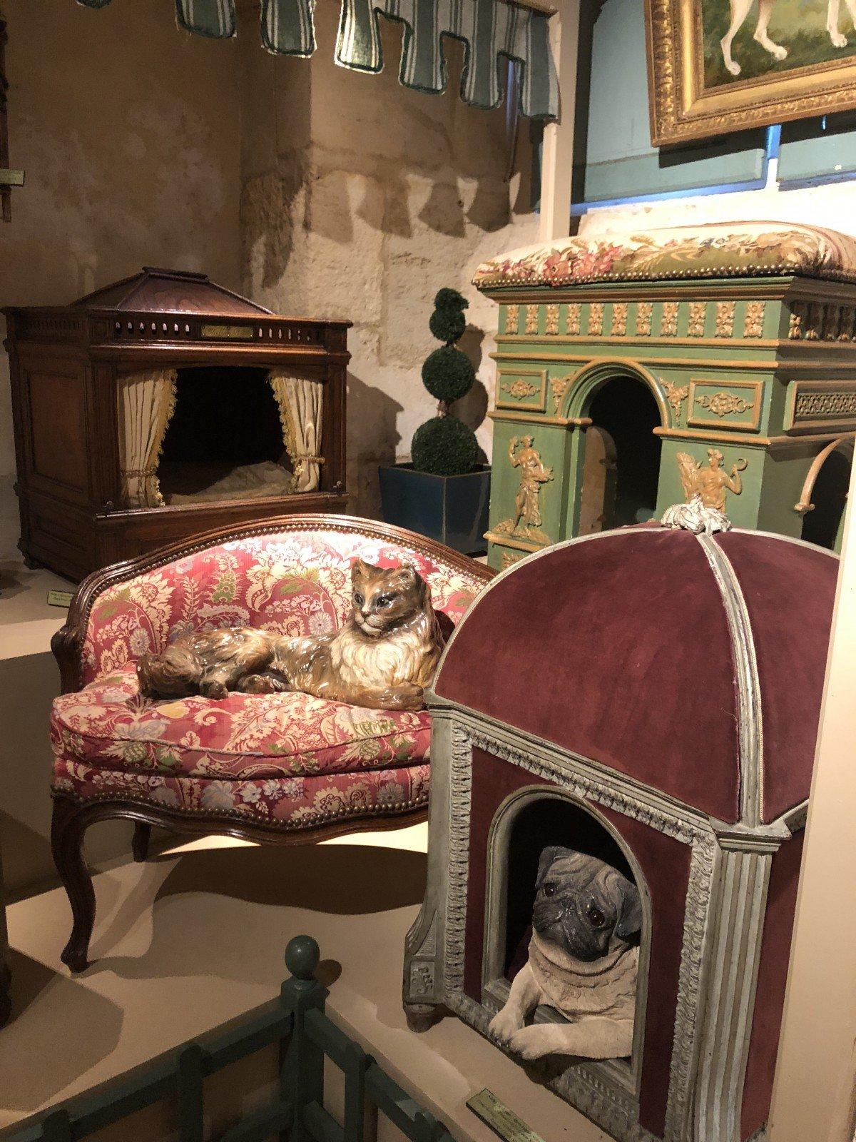 Chateau de Vendeuvre , doge bed collection louis 18th century