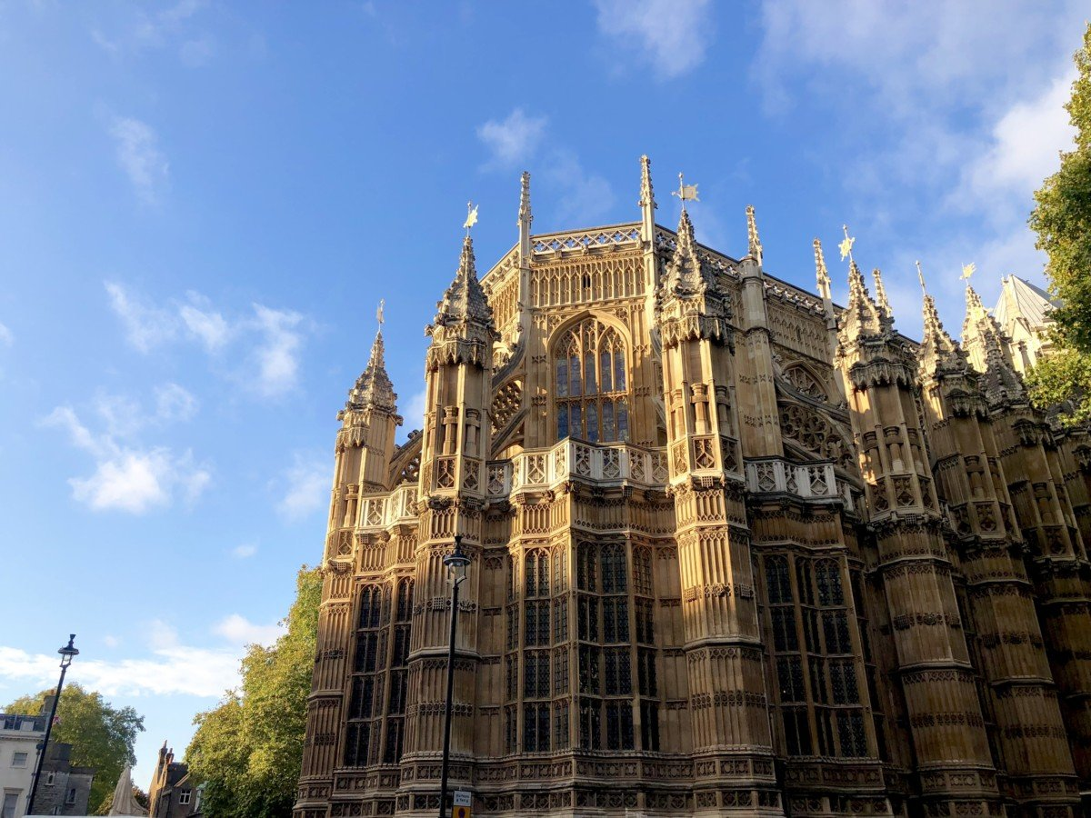 Westminster Abbey Electric Open Top Tour Bus in London