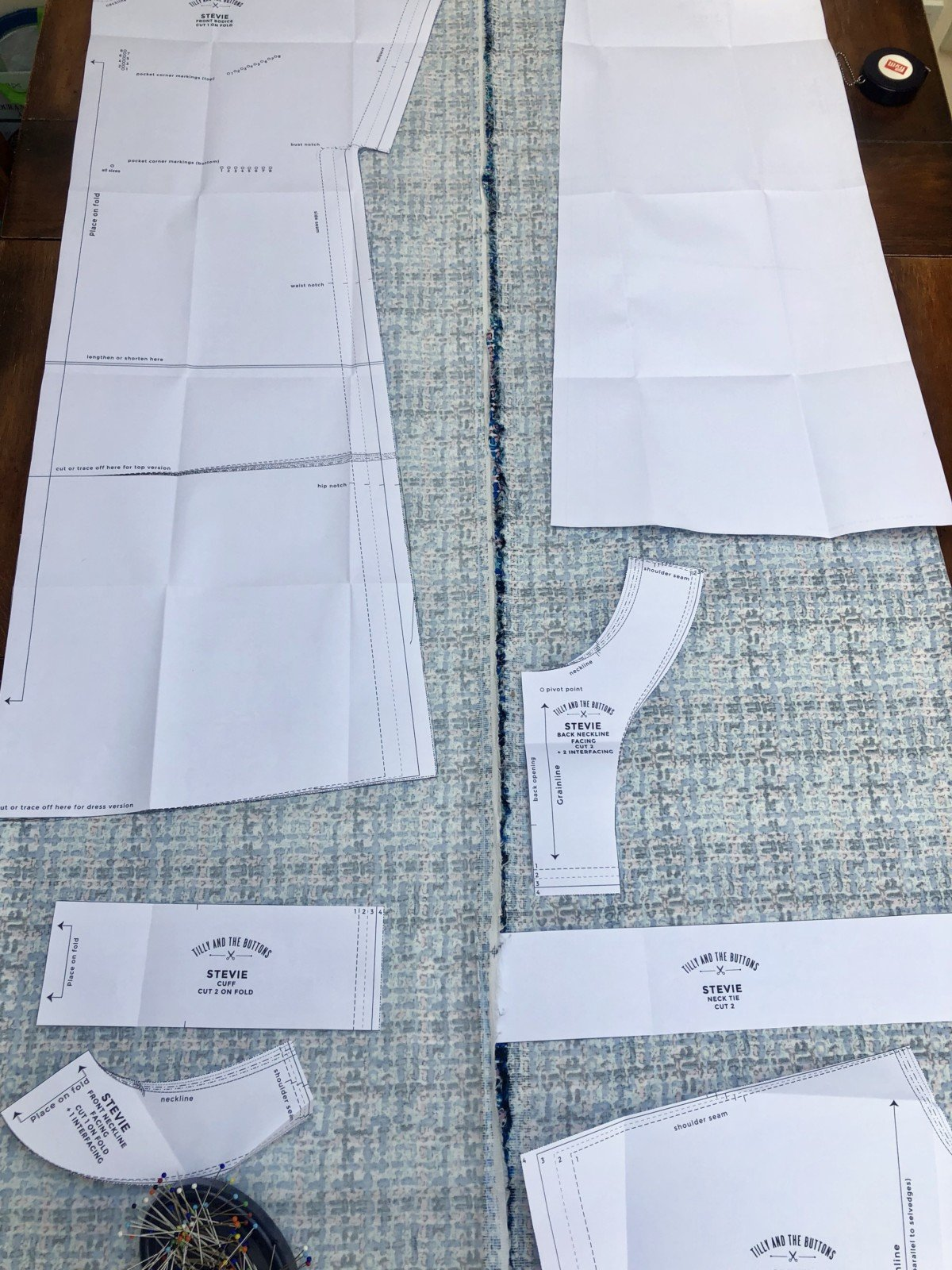 Sewing a stevie dress for beginners, The first rule of thumb is to check, check and check again before you cut!The Tilly and the Buttons instruction book tells you how to arrange your fabric how to lay out your pattern so that it fits.