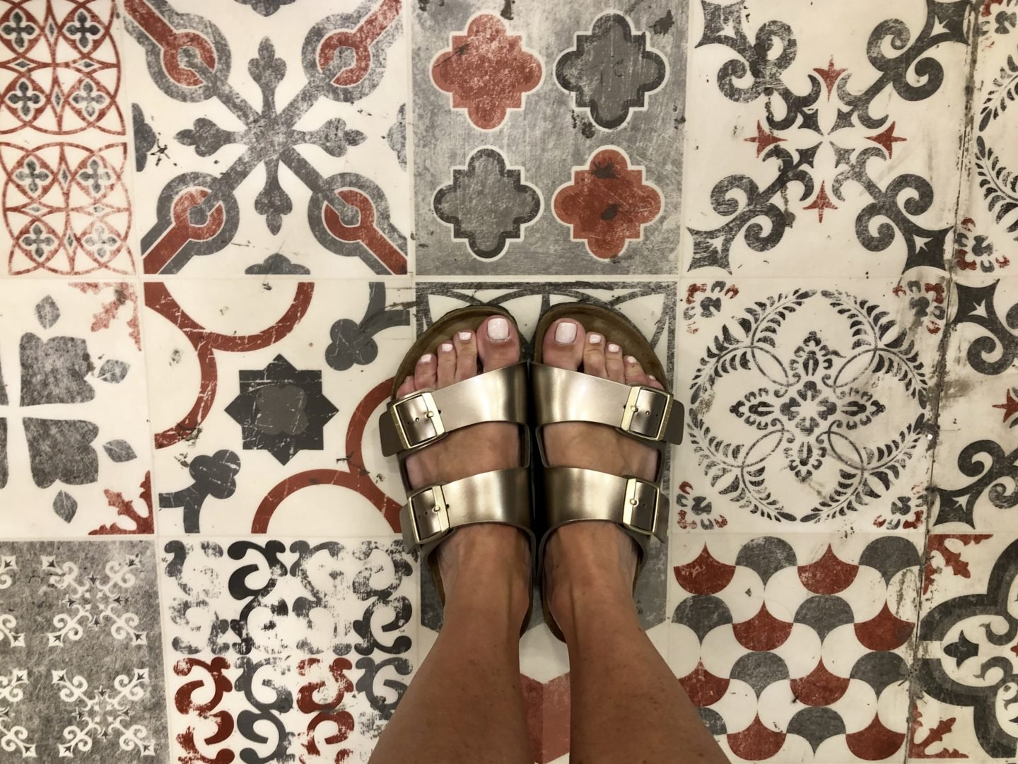 Comfy sandals are a must! It has been a long time since I have owned a pair of Birkenstocks and I had been eying up these bronze Arizona mules for a while.