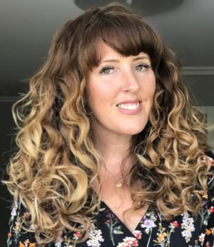 Questions and answers on the curly girl method. Some of the most frequently asked questions on curly hair and the curly girl method answered here.